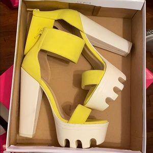 Wild diva lounge heels